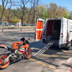 Мотоевакуатор Київ, перевезти мотоцикл, скутер Цілодобово